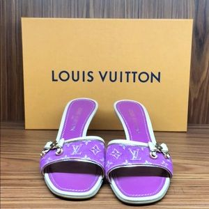 Louis Vuitton denim sandals size 8.5